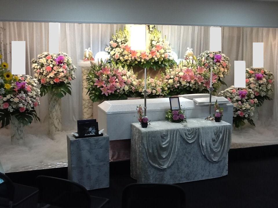 仙川斎場花祭壇施行例