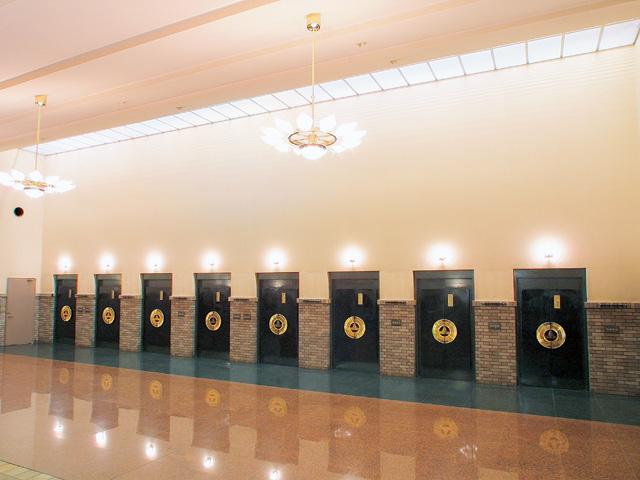 戸田葬祭場最上等炉前ホール