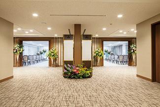 戸田葬祭場4F式場入口