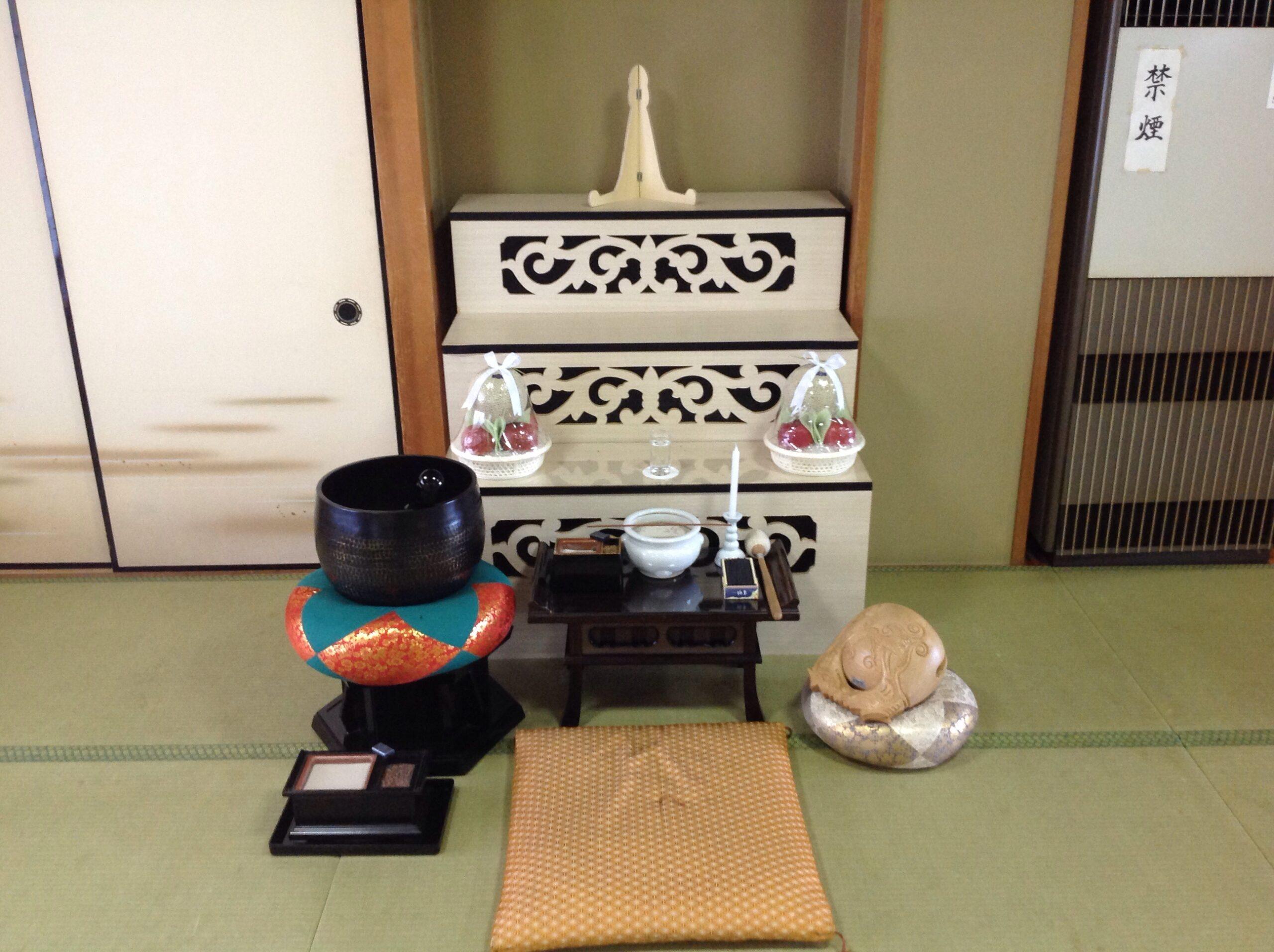 昌翁寺初七日用祭壇